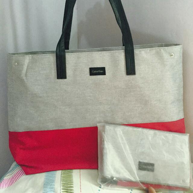 Calvin Klein Tote Bag With Pouch