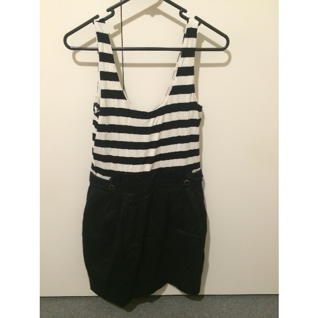 Forever New - Black & White Dress