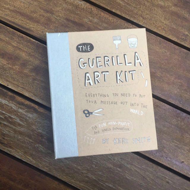 GUERILLA ART KIT BY KERI SMITH (NEW)