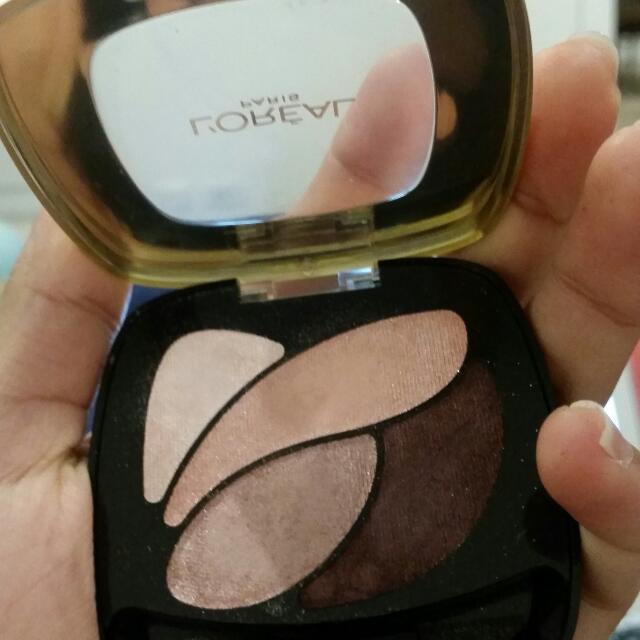 Loreal eyeshadows in E6 Eau De Rose