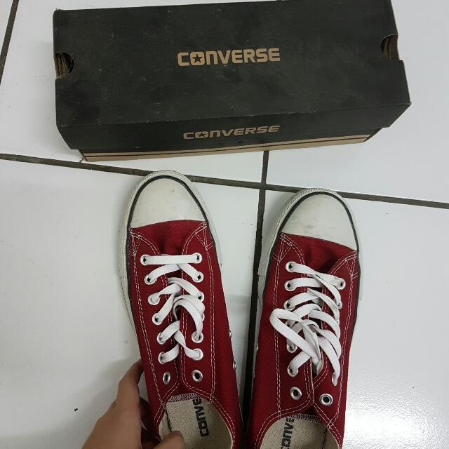 Sepatu Converse Merah  ( Converse Shoes)