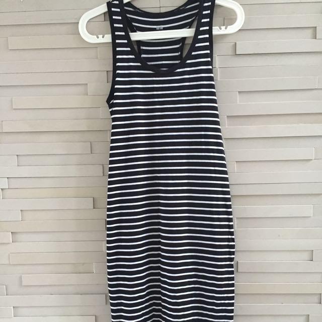 Uniqlo Black & White Dress