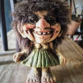 泥製troll