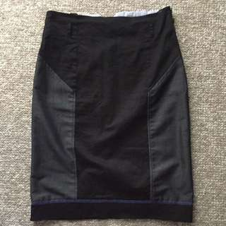 Pencil Skirt- Size S
