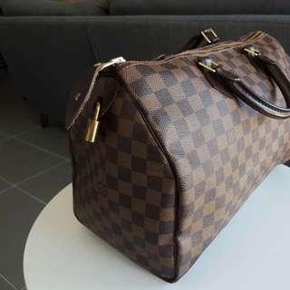 Louise Vuitton speedy 35