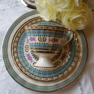 英國Royal Pembroke&Edwards高腳骨瓷茶杯點心盤3件组合