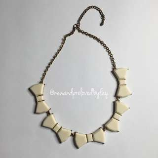 White Bow Necklace