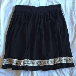 Danger field Black Skirt