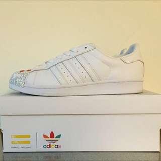保證正品 adidas pharrell williams 系列 Superstar us9.5