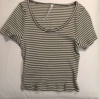Black And White Stripe Crop