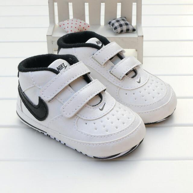 運動休閒風軟布底嬰兒鞋學步鞋