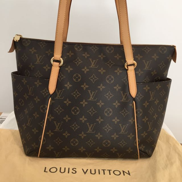 Authentic Louis Vuitton Totally MM Monogram