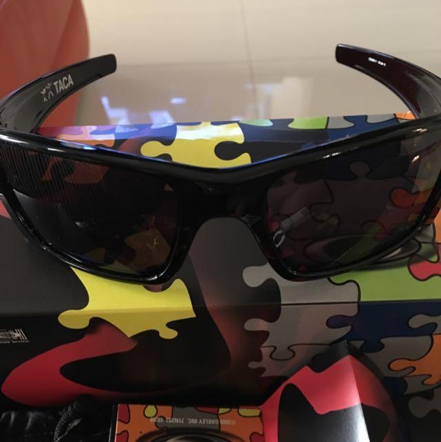 4e71938b4d2 sale oakley fuel cell motogp sunglasses 30fa6 5790a  clearance bnib  authentic oakley taca fuel cell polished black warm grey 54529 0edd1