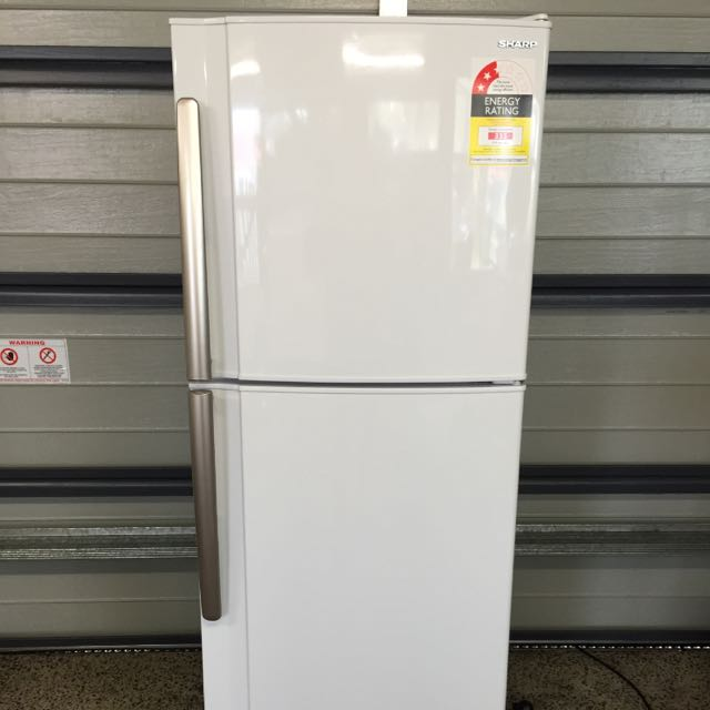 Fridge/freezer 245L