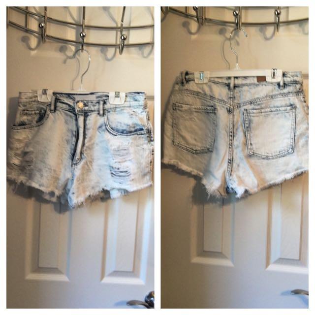 Garage Distressed Jean Shorts Size 7