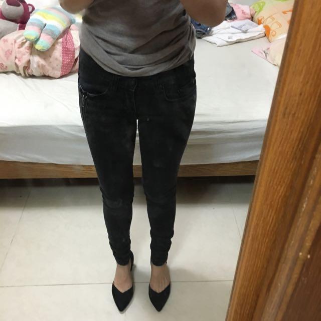 正韓貨Rex Girl黑色拉鍊造型黑色窄管褲25