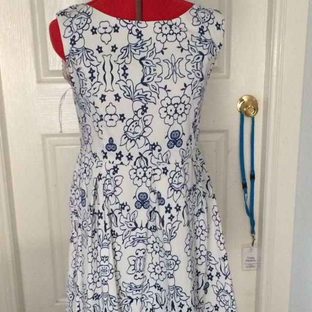Size 14 Dress barn Dress