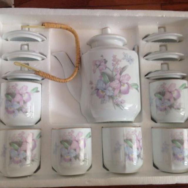 Snow White China Tea Set