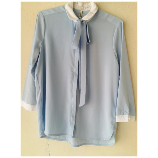 Stradivarius Blue Shirt
