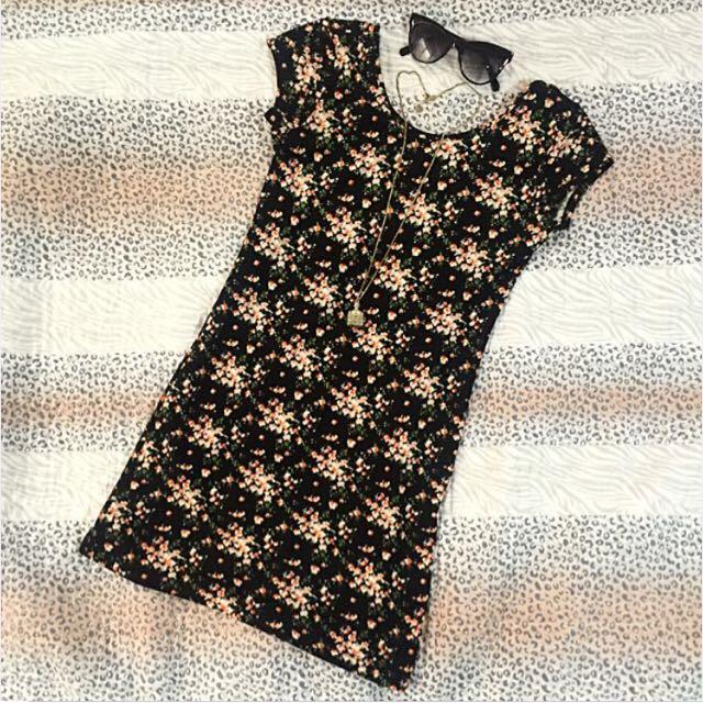 Trendy Floral Dress