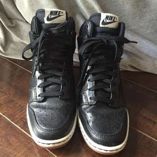 Nike Dunk Sky High Size 7