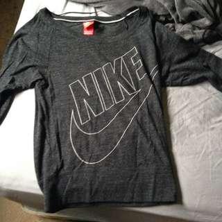Nike Over The Shoulder Top Half Selves