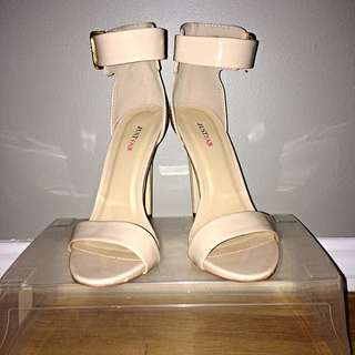 "* RESERVED* Light Nude 5"" Heels"