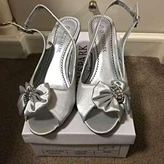 Queenspark Shoes