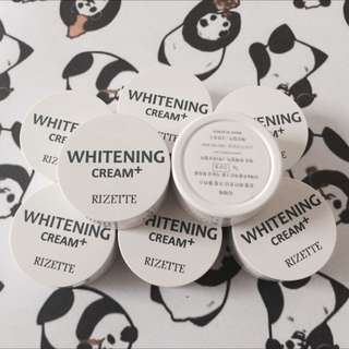 Moel Rizette Whitening Plus Vit C Mini Jar