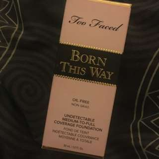 Too Faced Born This Way Foundation Ivory