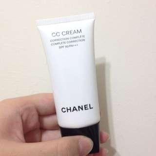 Chanel全效完美修飾CC霜