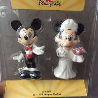 Mickey And Minnie Wedding Salt And Pepper Shaker