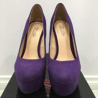 Size 5/36 Catwalk Shoes