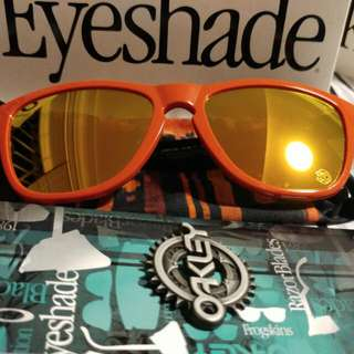 Authentic Oakley Frogskin.  Frame - Heritage Red.  Lens - Fire Iridium