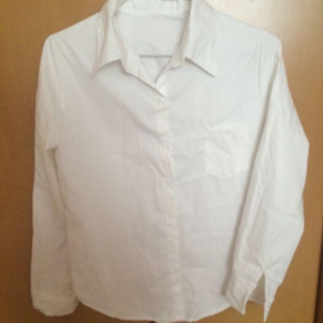 白色襯衫⚪️🌸