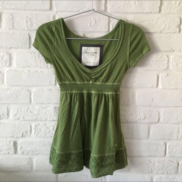 Abercrombie & Fitch 橄欖綠傘狀上衣 XS 8成新