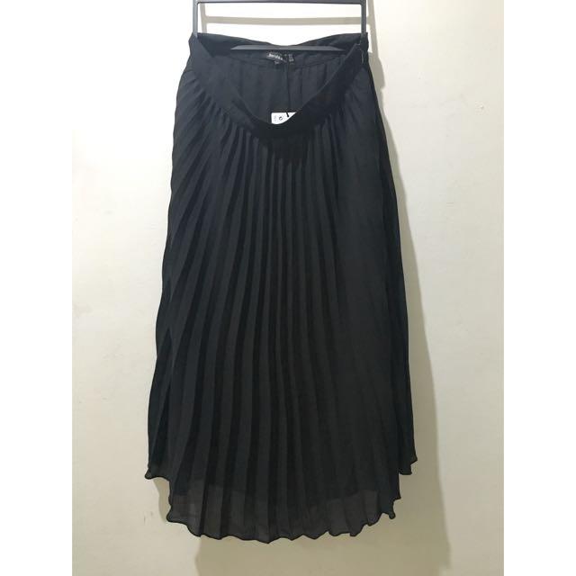 Bershka Electric Pleated Midi Skirt