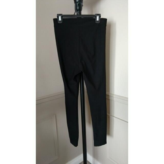 Black High-Waisted Legging