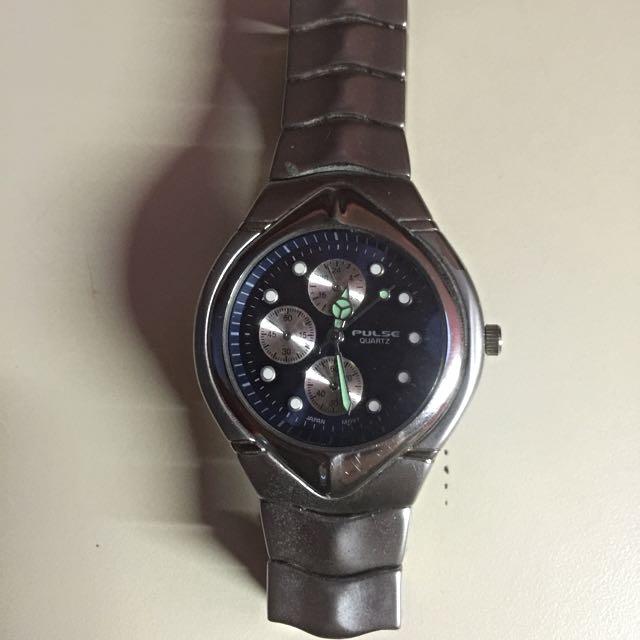 Brand New Pulse Quartz Sport Watch