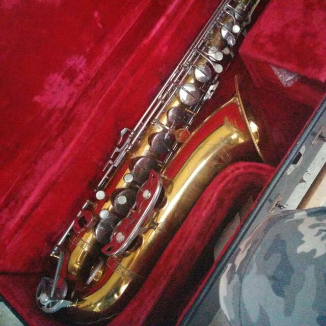 Evette Saxophone 1900s To 19522