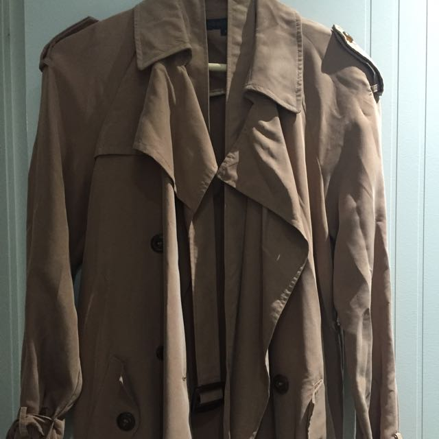 Forever New Trench Coat Size 6