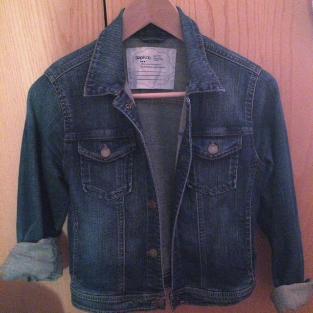 👚 | Gap Denim Jacket