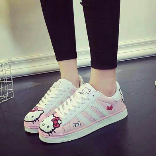 Hello Kitty Sneakers