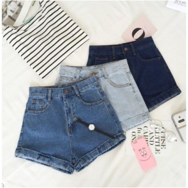 高腰反折牛仔短褲L(白、淺藍)
