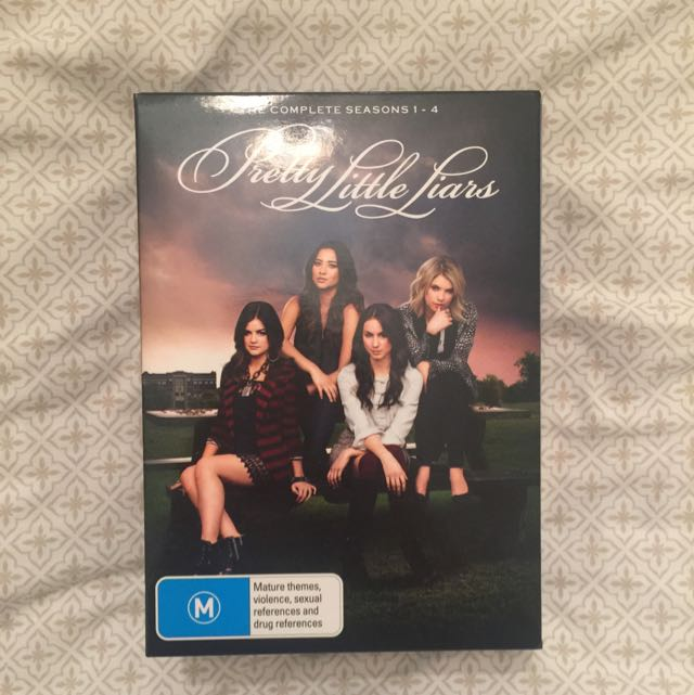 Pretty Little Liars Boxed Set