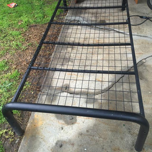 Single bed Frame (black)