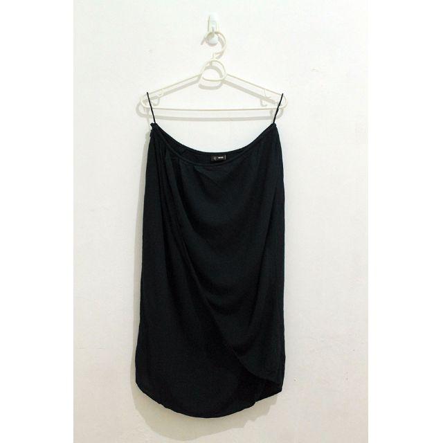 UNIQLO Black Layered Skirt