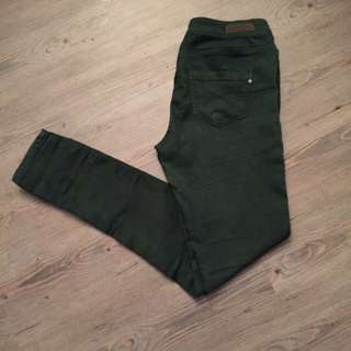 "Zara Army Green ""super fit skinny""Jeans BNWOT"