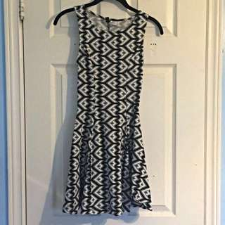 H&M Geo Dress Size 4