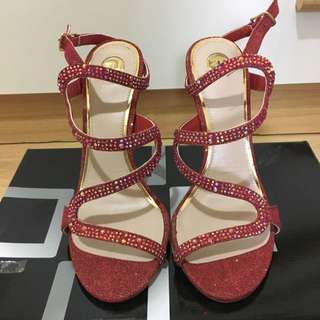 Dylan Red High Heels Size 6